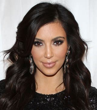 New Years Hairstyles by 10 Gorgeous New Year S Hairstyles Stylecaster