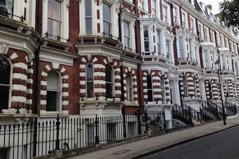 buy house in chelsea thinking of buying property in kensington and chelsea you better start saving get