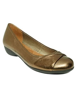 macys comfort shoes hush puppies shoes at macy s hush puppy sandals