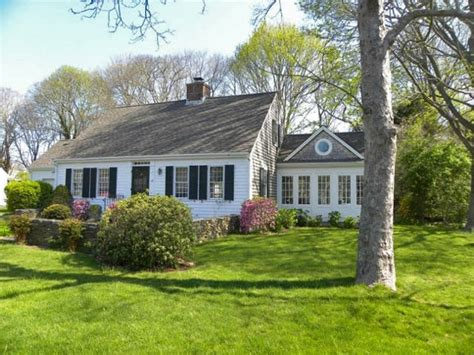 this cape cod style home has had additions for more space cape cod home plans pinterest