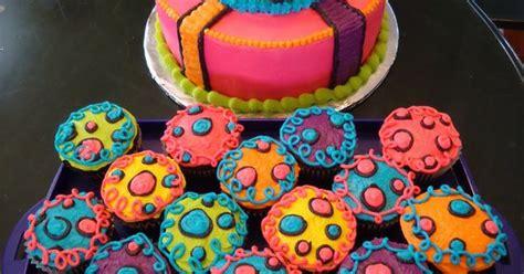 neon doodle cake ideas neon cakes for pin neon doodle groovy rocker