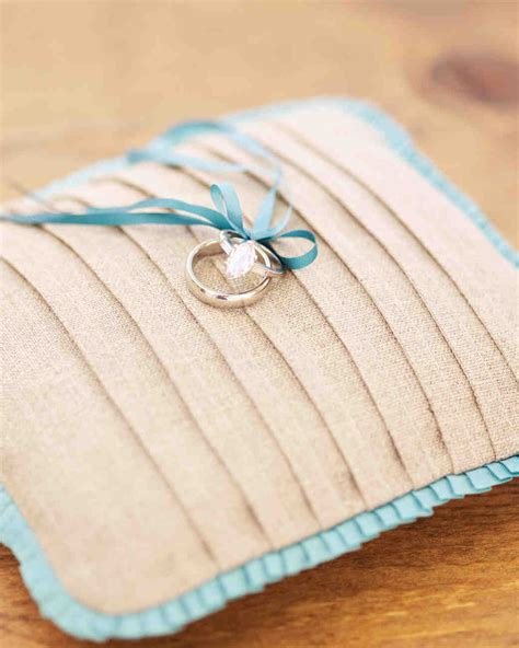 Diy Cing Pillow by Ring Bearer Pillow Ideas You Can Make On Your Own Martha