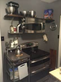 Stove Shelf by 25 Best Ideas About Microwave Above Stove On