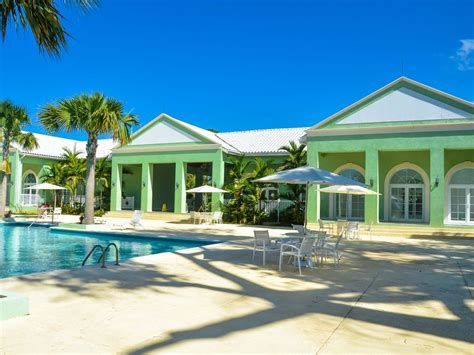clubhouse feel 4 bedroom sleeps 10 and up to 12 houses little bay country club vrbo
