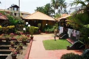 House Landscape Pictures Kerala Beautiful Garden Picture Of Kerala Bamboo House Varkala