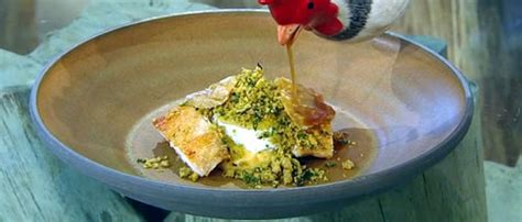 Berry Chicken Recipes Saturday Kitchen by Cooked Chicken Thighs With Gravy Saturday Kitchen
