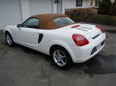 automobile air conditioning repair 2001 toyota mr2 parking system buy used 2001 toyota mr2 spyder base convertible 2 door 1 8l in westfield massachusetts united