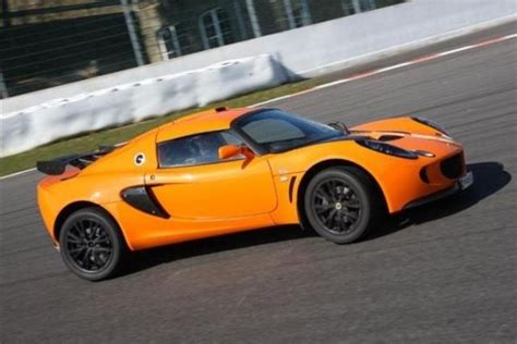 lotus track car lotus exige s track day car hire