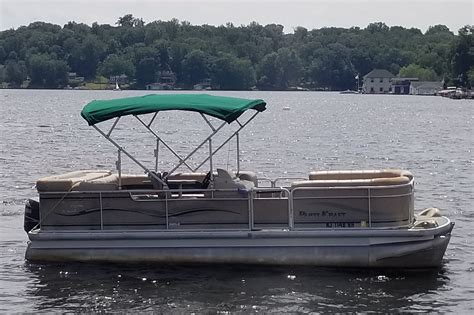 best utah pontoon boats lakeview marina pontoon boat rentals gas included