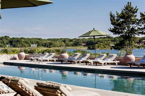 amenities rhode island beach hotels weekapaug inn