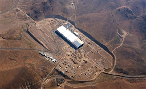 Tesla Hiring Process Tesla Hiring More Gigafactory Employees To Build Model 3