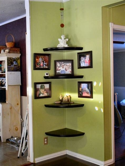 Corner Shelf For Living Room by 25 Best Ideas About Floating Corner Shelves On