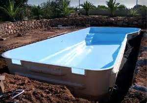 quanto costa piscine interrate vetroresina vendita realizzazione piscine in cemento armato