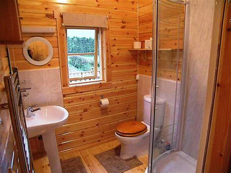 Outhouse Bathroom Ideas Vintage Outhouse Bathroom Decor Using Outhouse Bathroom Decor To Enhance The Visual Appeal