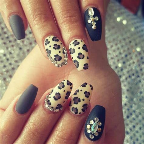 Easy Cheetah Nail Designs