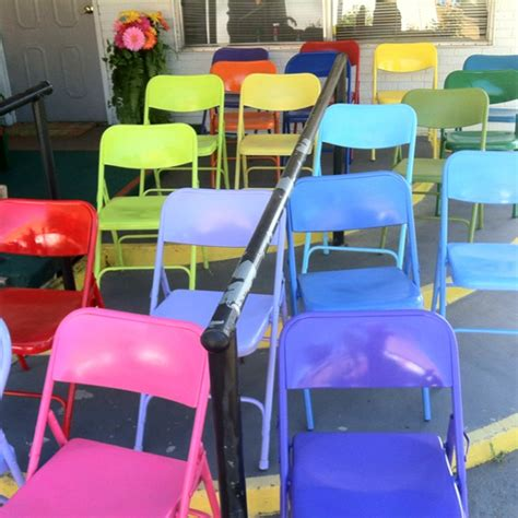 spray painting metal furniture metal folding chair makeovers crafty morning