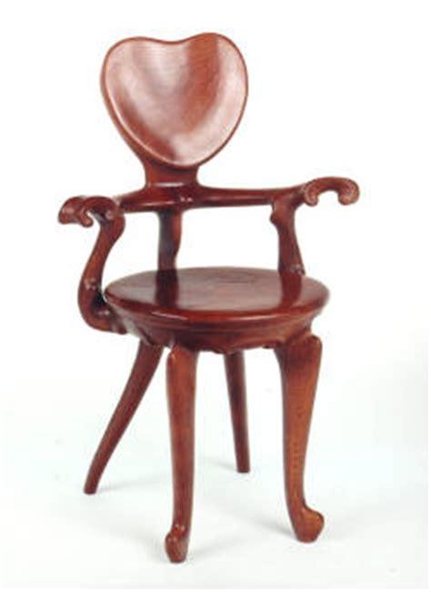 sillas gaudi grandes sillas de la historia pablomoya