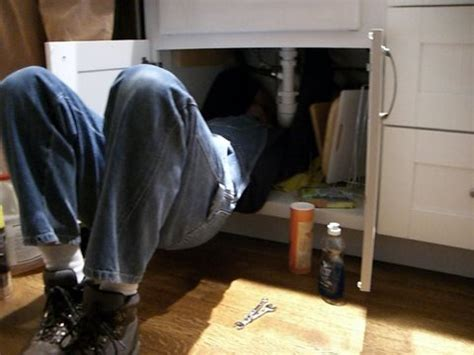 how to become a plumber qualifications and uk