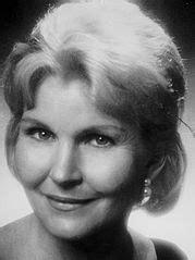 Eve McVeagh - Wikipedia