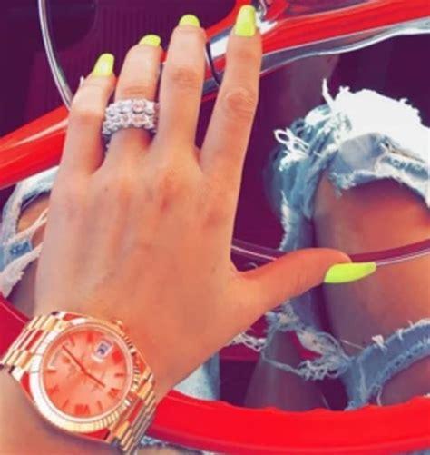 khloe flaunting engagement ring on snapchat