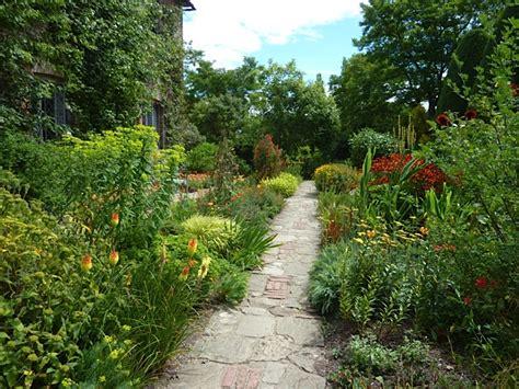 cottage garden paths garden paths