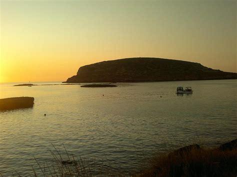 playa conejera isla conejera agua en raco d 180 en xic san antonio