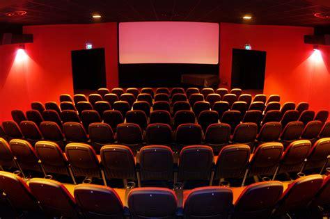uffici postali bologna aperti pomeriggio anche festeggia il cinema