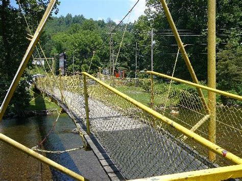 bridge swinging image gallery swingingbridge