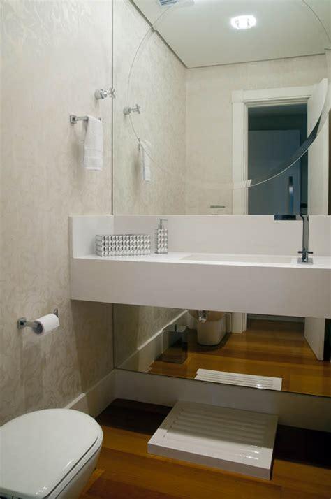decoração de banheiro pequeno todo branco papel de parede branco dicas incr 195 173 veis para usar