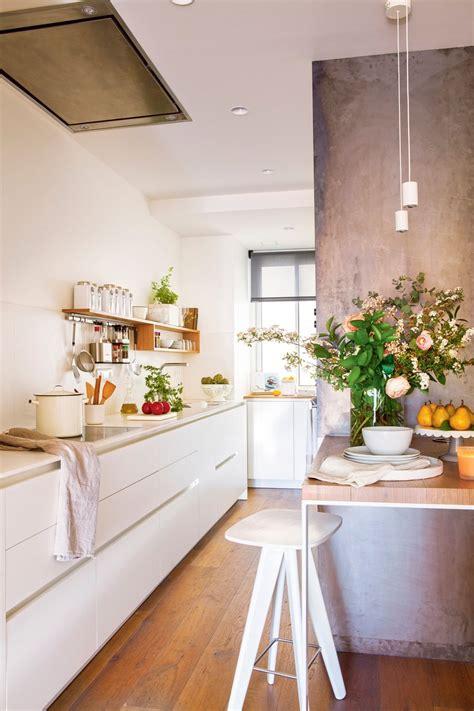 fotos de cocinas pequenas bien aprovechadas cocinas