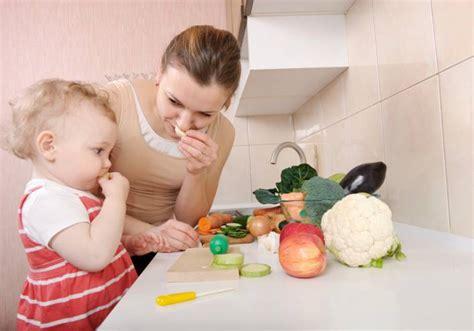 alimentazione a 2 anni la dieta ideale dei bambini da 0 a 3 anni secondo gli