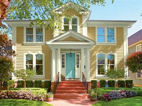 yellow house paint exterior 25 best ideas about yellow house exterior on