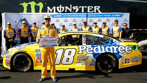 coors light pole qualifying kyle busch tops qualifying for coors light pole at dover