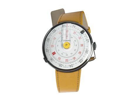 KLOK 01: montre Swiss Made aux accessoires interchangeables
