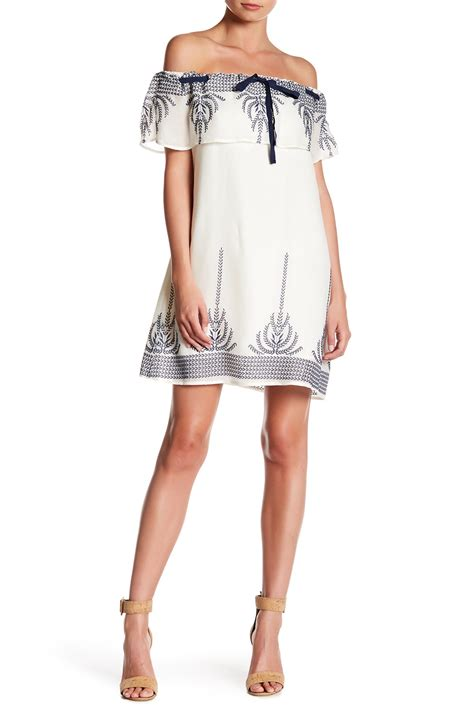 Vanity Clothing Locations by Vanity Room Embroidered The Shoulder Dress Nordstrom Rack