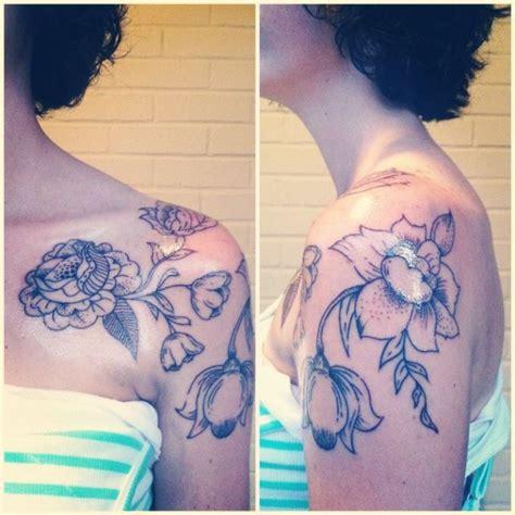 flower tattoo for shoulder 51 marvelous vintage shoulder flower tattoos