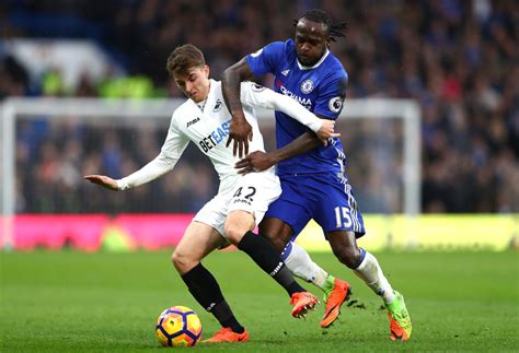 epl usa victormoses photos photos chelsea v swansea city