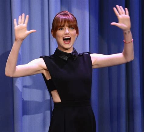 emma stone lip sync songs emma stone performs on jimmy fallon and andrew garfield