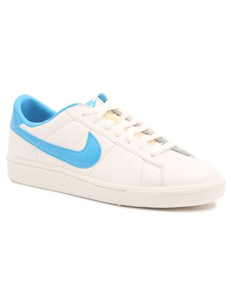 nike tennis classic white leather sneakers in white for