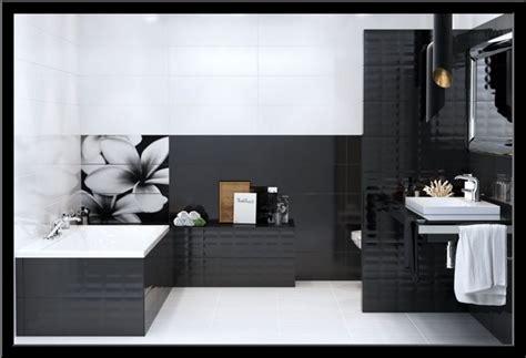 badezimmer fliesen ideen schwarz weiß bad fliesen ideen schwarz wei 223