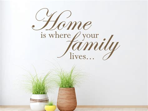 wandtattoo home is where your family lives wandtattoo de