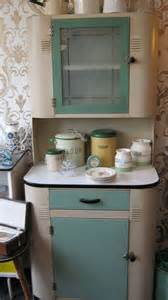 1940s Kitchen Cabinets | 1940 s deco kitchen cabinet inspires drool