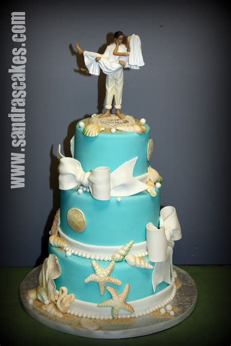 themed wedding cake