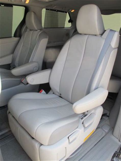 Toyota Reclining Seats by Sell Used 2013 Toyota Limited Awd Nav Rear Dvd