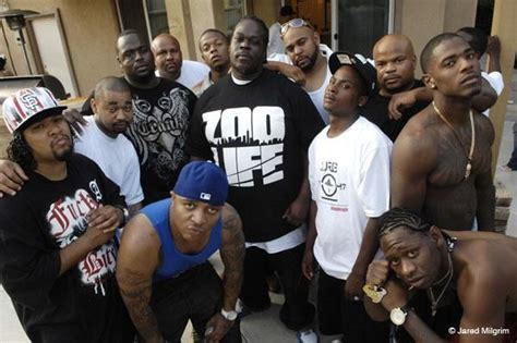 Colton City Crips (CCC) are primarily an African-American ... O Block Gang Sign