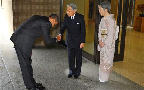 Hes The President In Residenthes Of In Cha 2 by 海外反応 I Japan オバマ大統領が天皇陛下にお辞儀した結果 海外の反応
