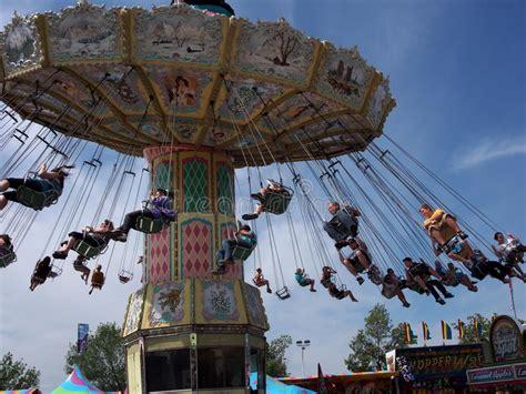 giant swing ride giant swing ride at edmonton albesrta k days 2013