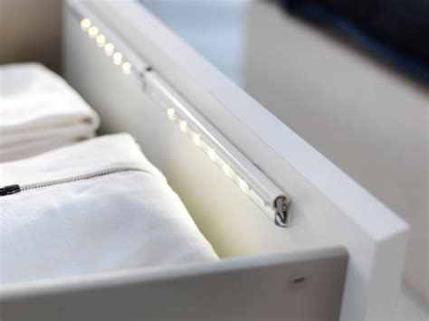 Closet Light Turns On When Door Opens by 10 Affordable Wireless Closet Lighting Solutions