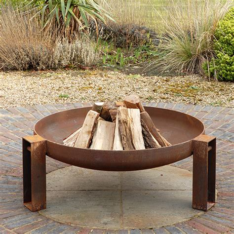 vulcan welded steel pit by magma firepits