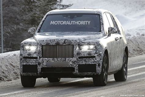 rolls royce project cullinan 2018 rolls royce suv project cullinan spy shots